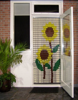 stippent-product-liso-vlieggordijn-zonnebloemen