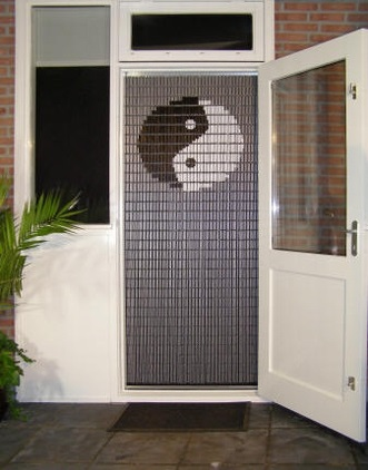stippent-product-liso-vlieggordijn-yin-yang