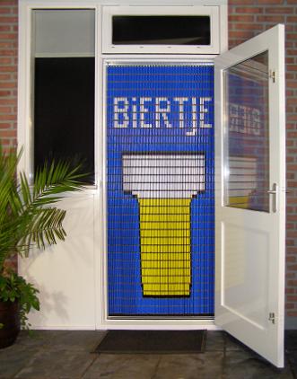 stippent-product-liso-vlieggordijn-biertje