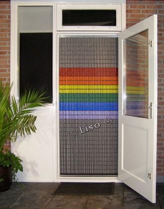 stippent-product-liso-vlieggordijn-regenboog-vlag